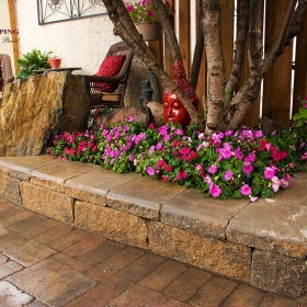Planters and Retaining Walls - Landscape Design Gallery | B. Rocke Landscaping