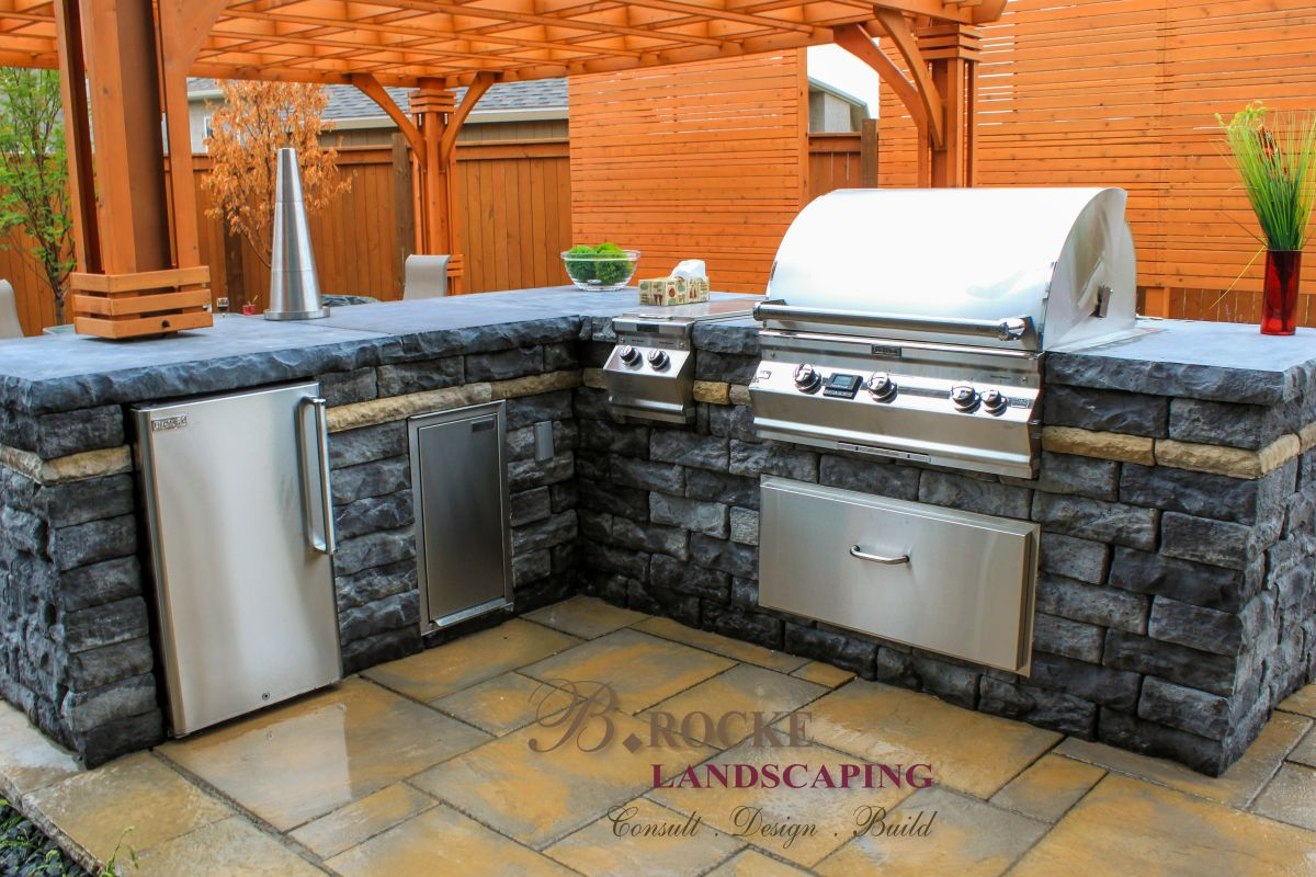 Outdoor Kitchen Countertops B Rocke Landscaping