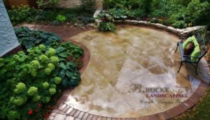Patio | Tyndall | Circle | B. Rocke Landscaping | Winnipeg, Manitoba