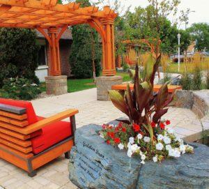 Boulder Planter | B. Rocke Landscaping | Winnipeg, Manitoba